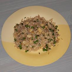Классический китайский жареный рис с яйцом