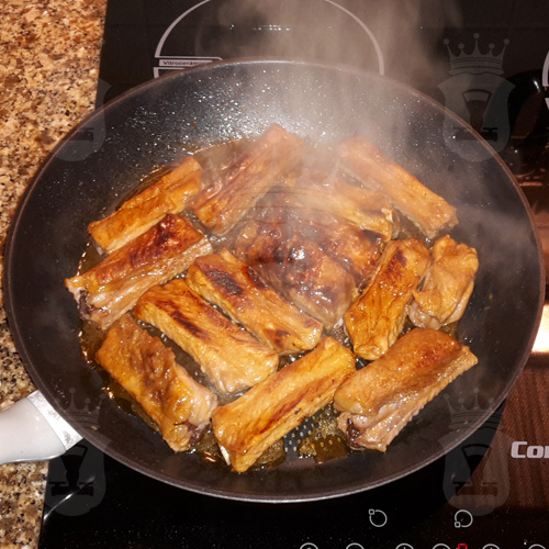 Свиные рёбрышки в кисло-сладком соусе
