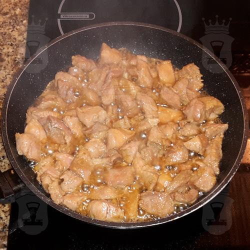 Индейка в соево-медовом маринаде с овощами