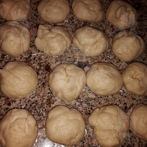 Пирожки на майонезе с рисом и яйцом