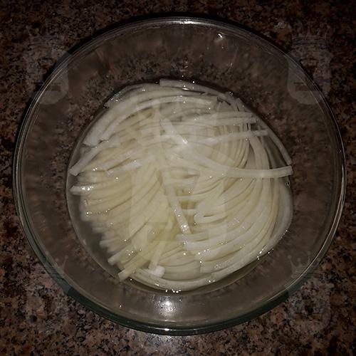 Маринованный лук для шашлыка или салата