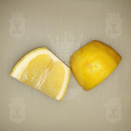 лимон порезанный крупно