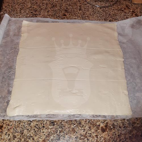Пирог Улитка из слоёного теста
