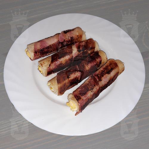 Закусочные рулетики с беконом