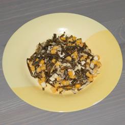 Салат из морской капусты с яйцами