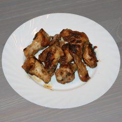 Куриные крылышки в пикантном маринаде