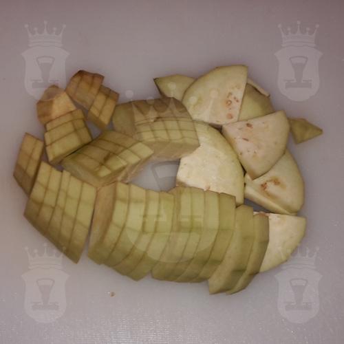 баклажан порезанный кусочками