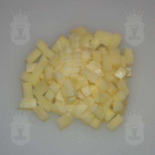 картофель порезанный кубиком