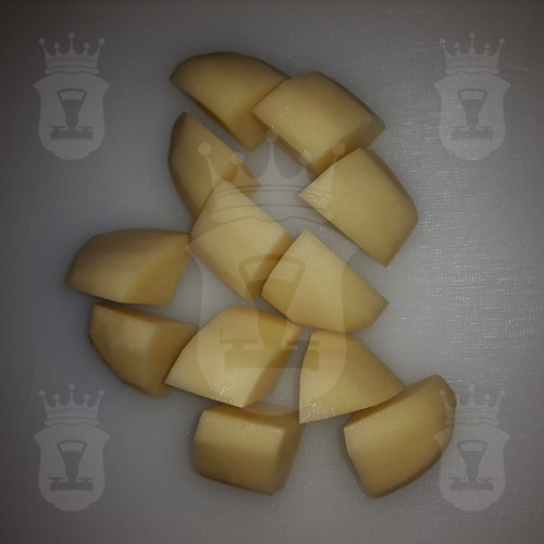 картофель порезанный