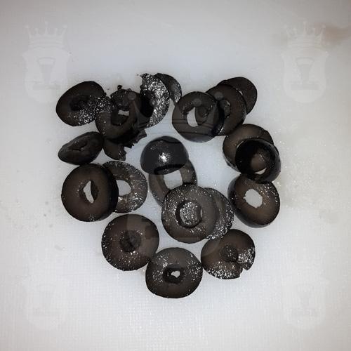 оливки чёрные порезанные